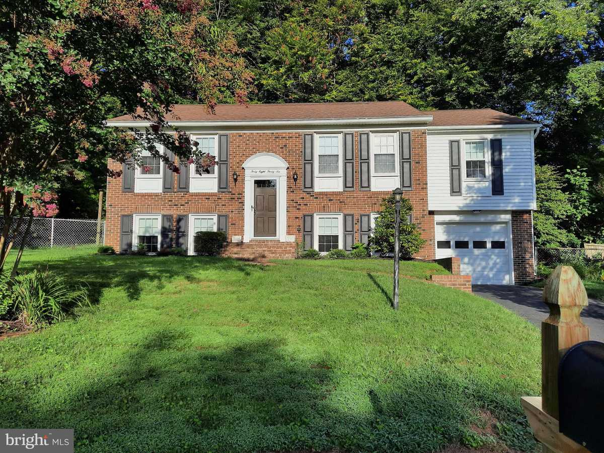 $700,000 - 4Br/3Ba -  for Sale in Canterbury Woods, Annandale