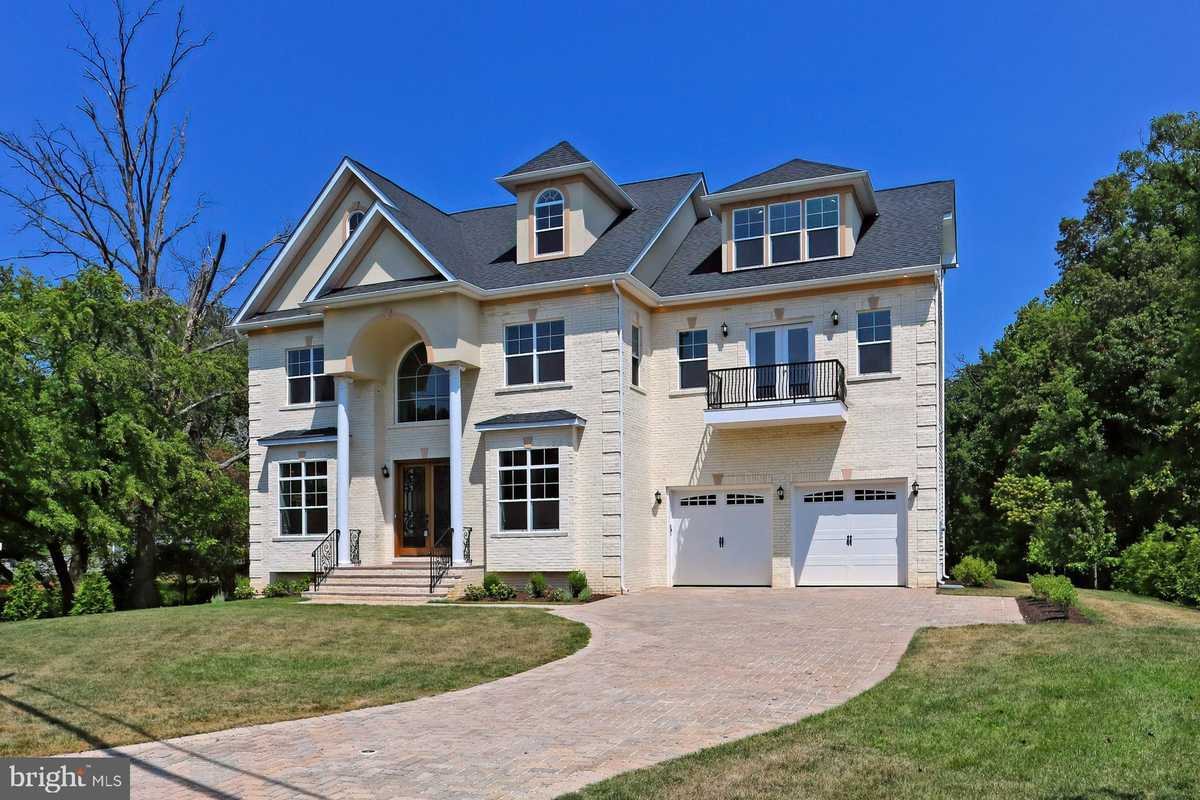 $1,900,000 - 5Br/7Ba -  for Sale in Dranesville, Mclean