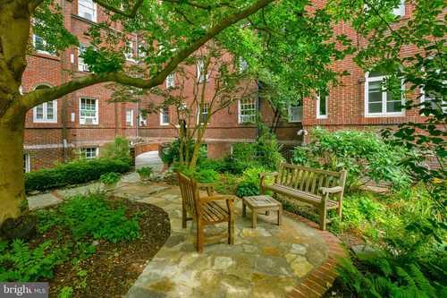 $149,000 - 2Br/1Ba -  for Sale in Calvert Court, Baltimore