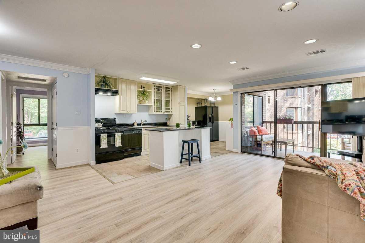 $260,000 - 2Br/1Ba -  for Sale in Chestnut Grove, Reston