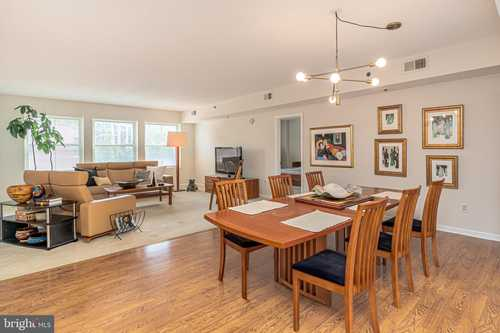 $489,000 - 2Br/3Ba -  for Sale in Fell Point, Baltimore
