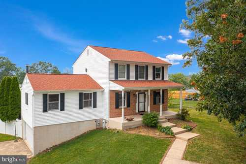 $399,900 - 3Br/3Ba -  for Sale in Parkville, Baltimore