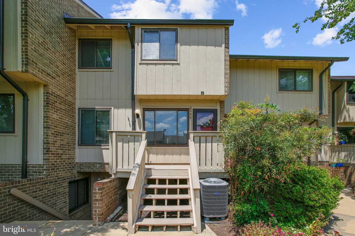 $369,900 - 3Br/2Ba -  for Sale in Mosbys Landing, Vienna
