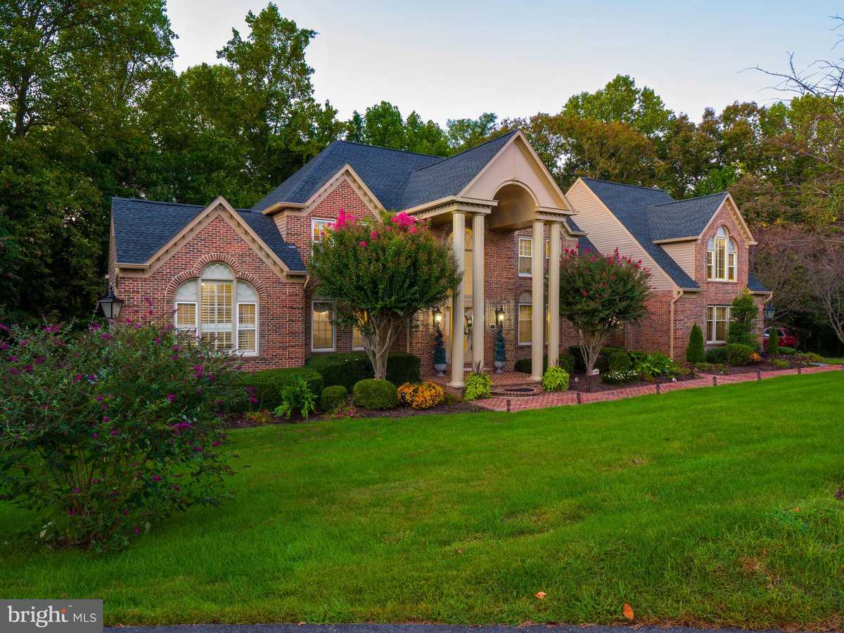 $1,425,000 - 5Br/5Ba -  for Sale in Fairview Woods, Fairfax Station