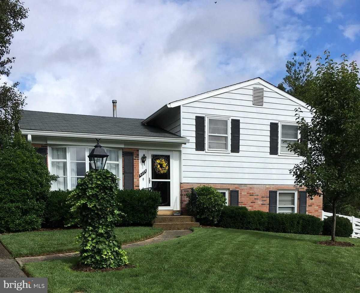 $520,000 - 4Br/3Ba -  for Sale in Brookfield, Chantilly