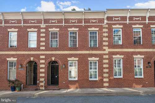 $475,000 - 3Br/3Ba -  for Sale in Locust Point, Baltimore