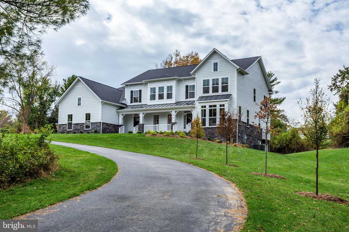 $1,775,900 - 4Br/4Ba -  for Sale in Dranesville, Falls Church