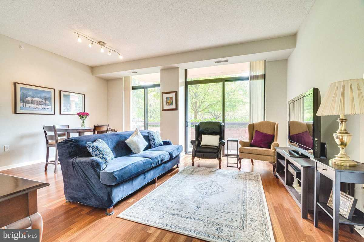 $355,000 - 2Br/2Ba -  for Sale in Renaissance At Tysons, Falls Church
