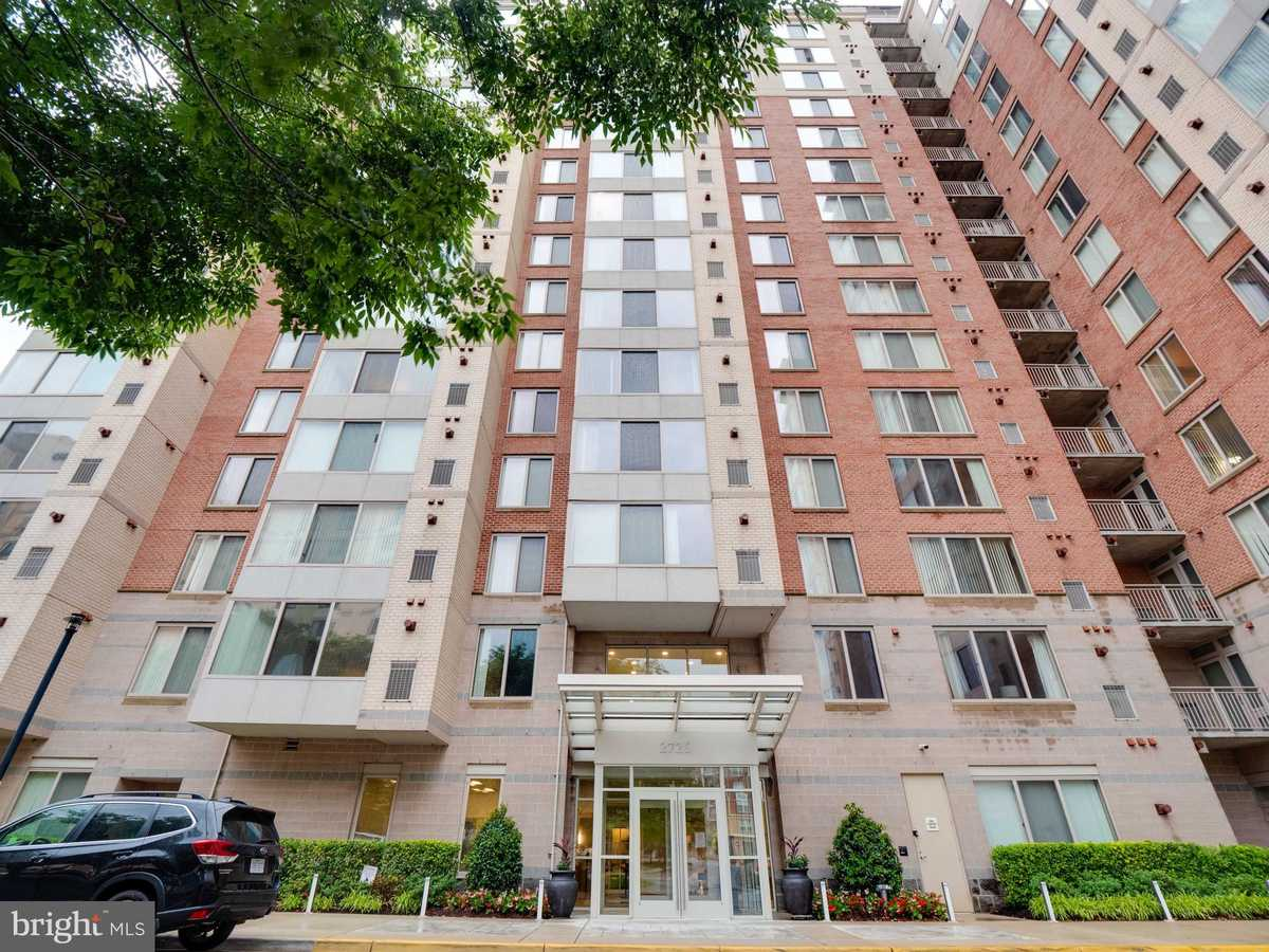 $465,000 - 2Br/2Ba -  for Sale in Wilton House, Vienna