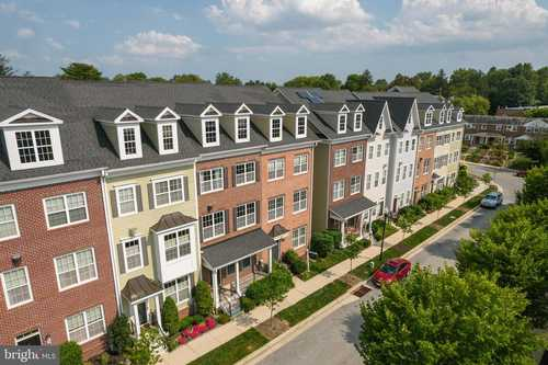 $469,000 - 4Br/4Ba -  for Sale in Towson Green, Towson