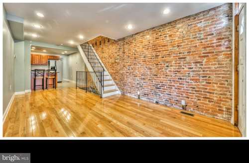 $310,000 - 2Br/3Ba -  for Sale in Locust Point, Baltimore