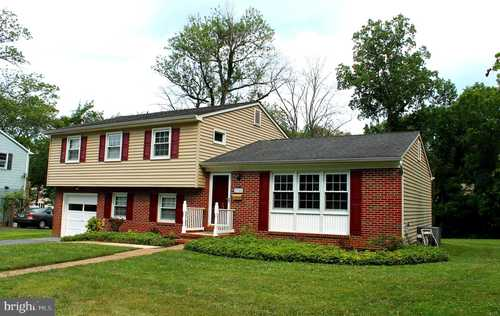 $549,900 - 4Br/3Ba -  for Sale in Valleywood, Lutherville Timonium