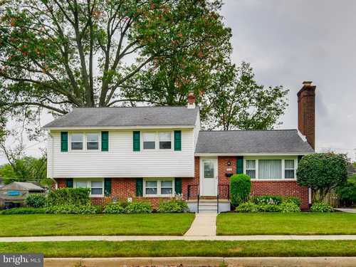 $485,000 - 3Br/3Ba -  for Sale in Thornleigh, Towson
