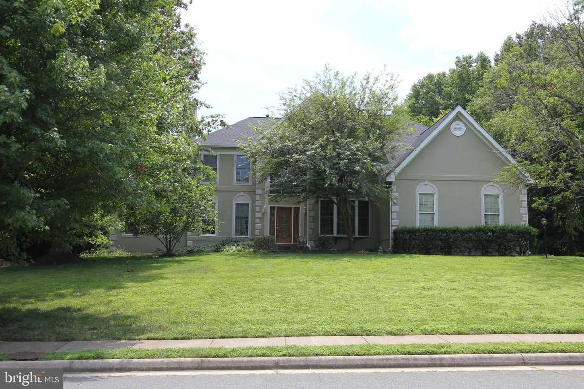 $5,900 - 5Br/6Ba -  for Sale in Estates At Great Falls, Vienna