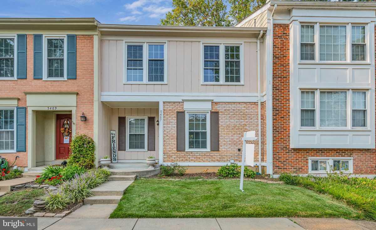 $530,000 - 4Br/4Ba -  for Sale in Glen Cove, Fairfax