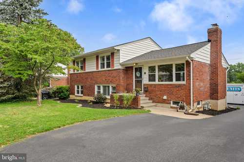 $424,900 - 4Br/4Ba -  for Sale in Campus Hills, Towson