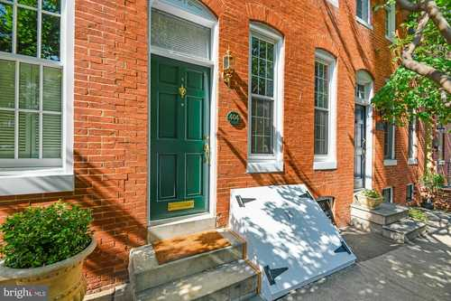 $300,000 - 3Br/3Ba -  for Sale in Federal Hill - Riverside Park, Baltimore