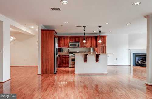 $425,000 - 2Br/2Ba -  for Sale in Roundwood Ridge, Lutherville Timonium