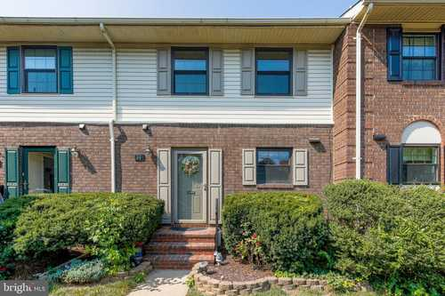 $249,900 - 3Br/4Ba -  for Sale in Dulaney Towers, Baltimore