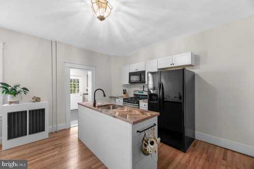 $160,000 - 2Br/1Ba -  for Sale in Violetville, Baltimore