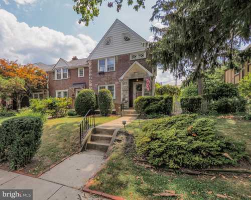 $424,000 - 5Br/2Ba -  for Sale in Rodgers Forge, Baltimore