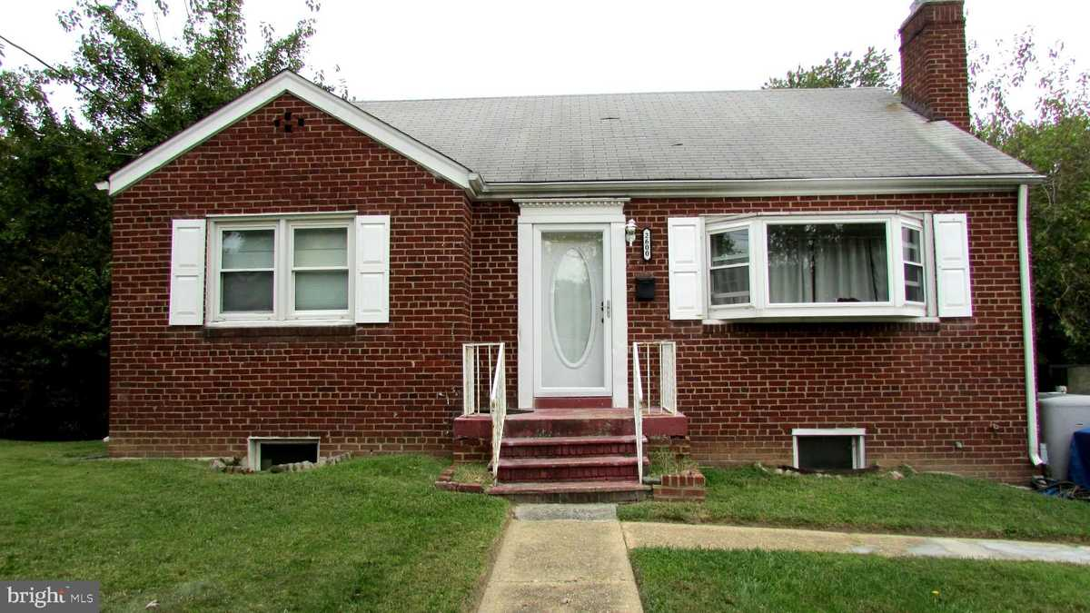 $525,000 - 4Br/2Ba -  for Sale in Gregory Heights, Alexandria