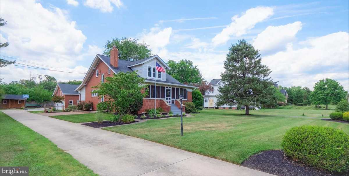 $799,900 - 5Br/5Ba -  for Sale in Ox Road, Lorton