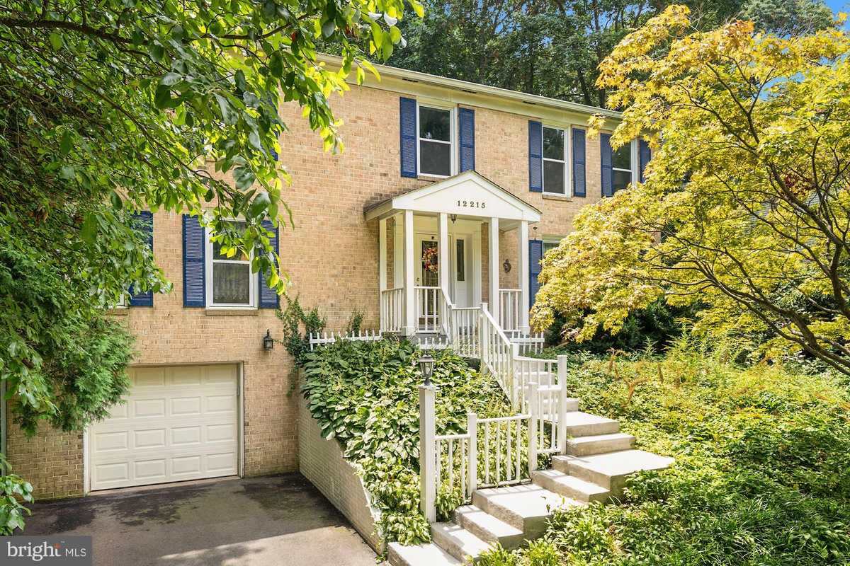 $799,900 - 5Br/3Ba -  for Sale in Brentwood, Fairfax