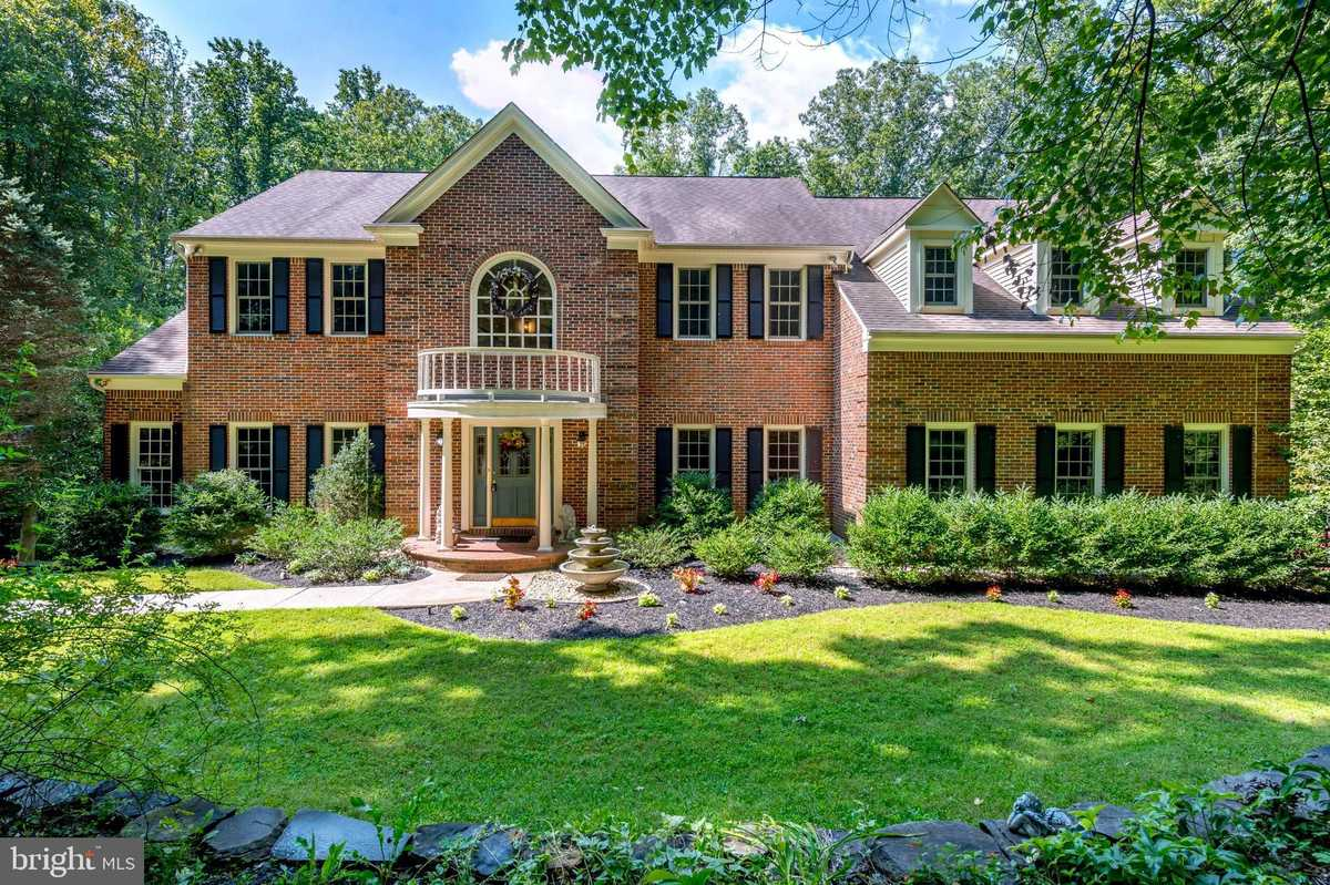 $1,250,000 - 4Br/5Ba -  for Sale in Clifton Hunt, Clifton