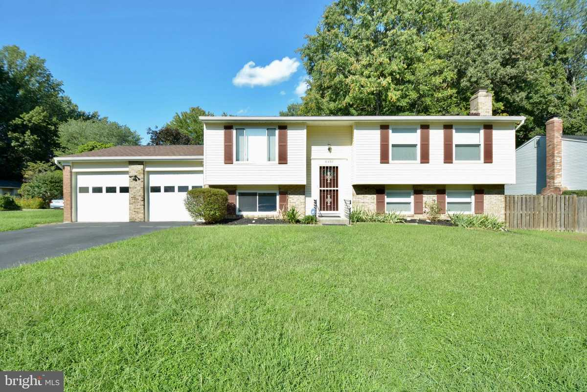 $559,900 - 4Br/3Ba -  for Sale in Newington Forest, Springfield