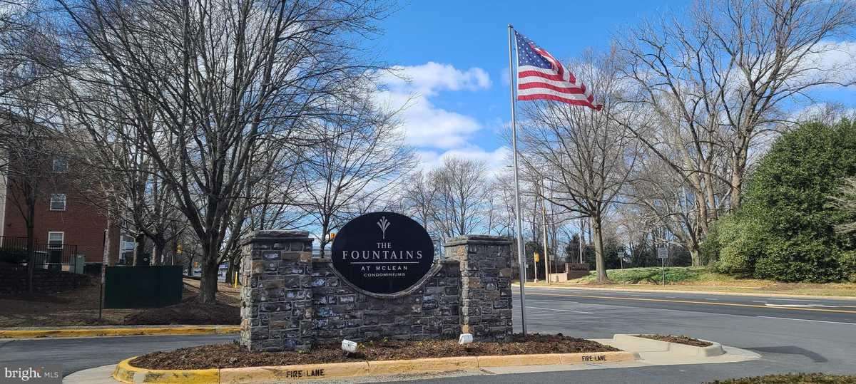 $360,000 - 2Br/2Ba -  for Sale in Fountains At Mclean, Mclean