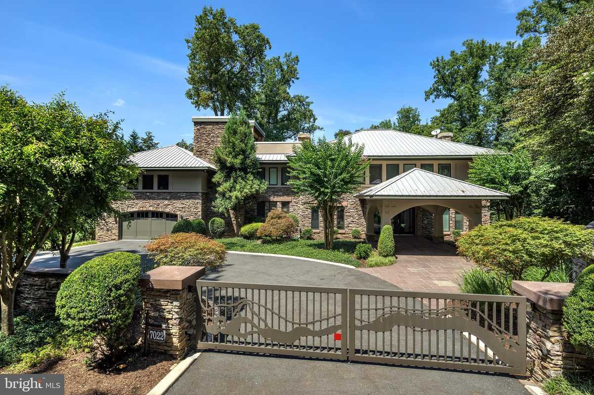 $6,999,999 - 4Br/7Ba -  for Sale in None Available, Mclean