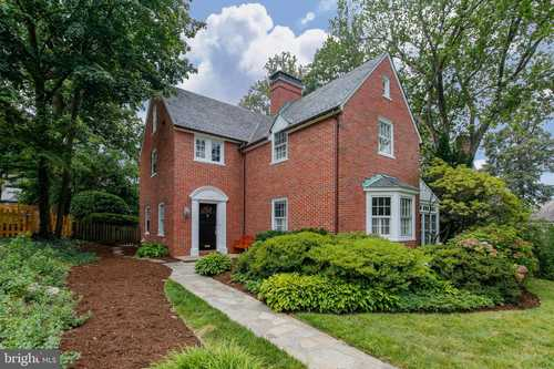 $550,000 - 4Br/4Ba -  for Sale in Homeland, Baltimore
