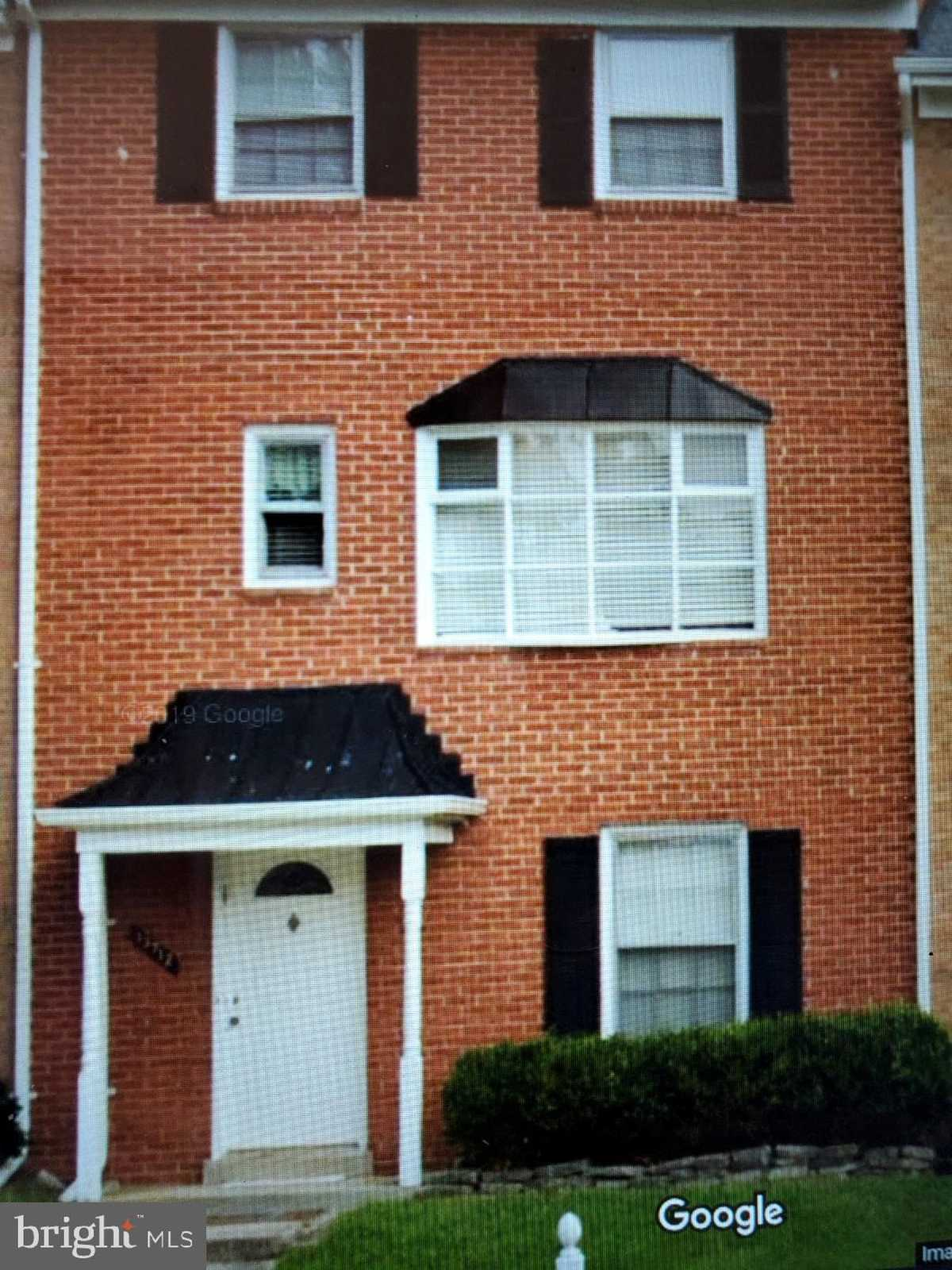 $469,000 - 4Br/4Ba -  for Sale in Brookside, Chantilly
