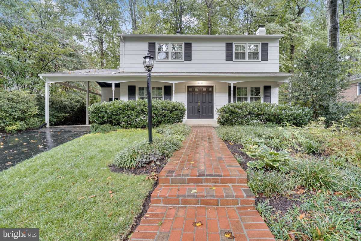 $715,000 - 4Br/4Ba -  for Sale in Red Fox Forest, Annandale