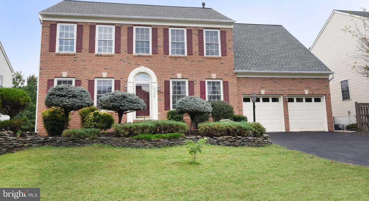 $809,900 - 4Br/4Ba -  for Sale in Highgrove Estates, Springfield