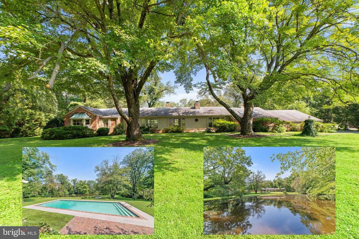 $899,900 - 3Br/3Ba -  for Sale in Brook Hills Estate, Annandale