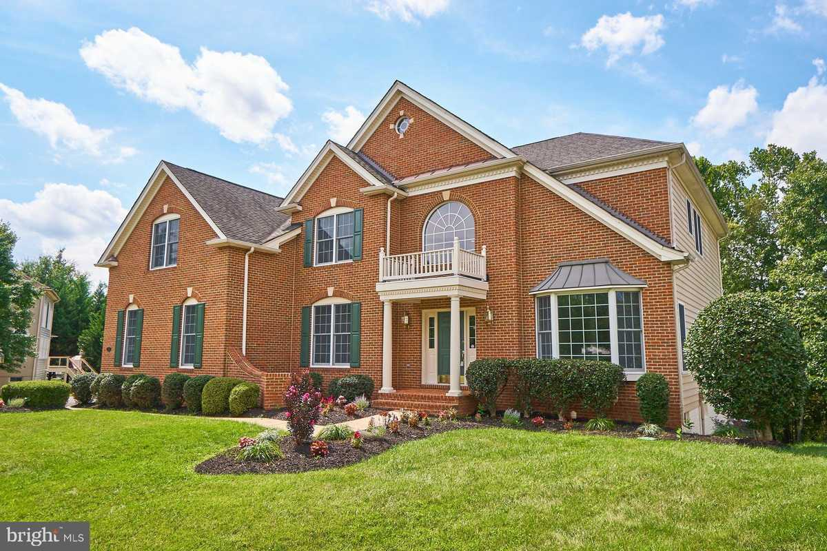 $949,000 - 4Br/4Ba -  for Sale in Dominion Valley Country Club, Haymarket