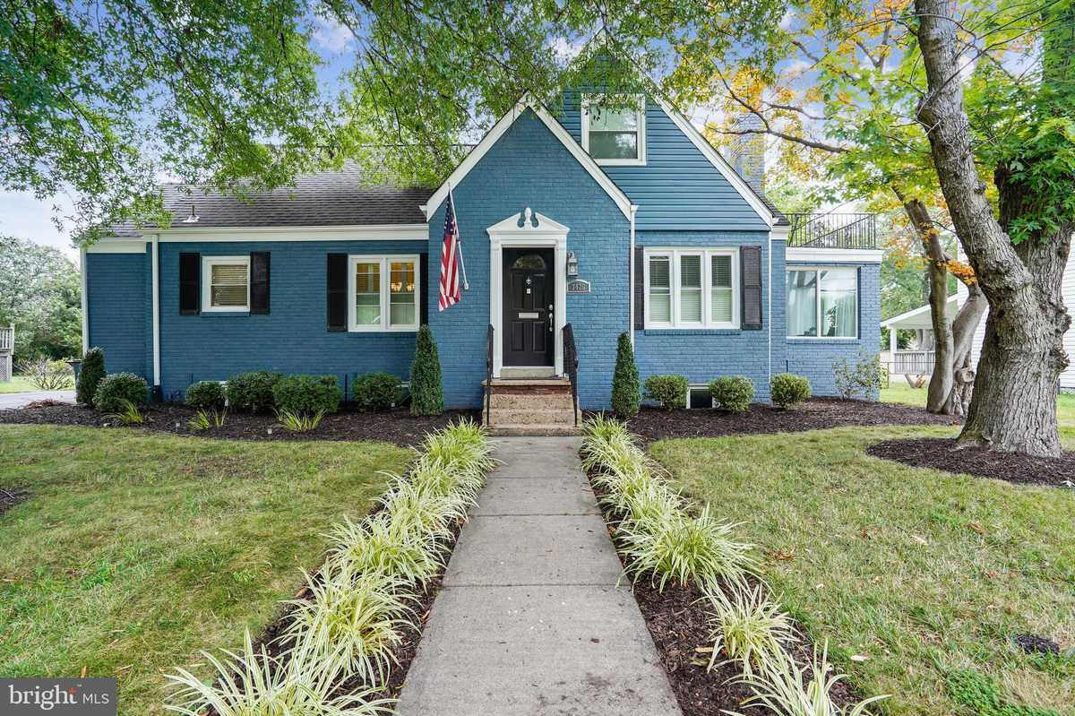 $719,000 - 4Br/3Ba -  for Sale in Groveton Heights, Alexandria