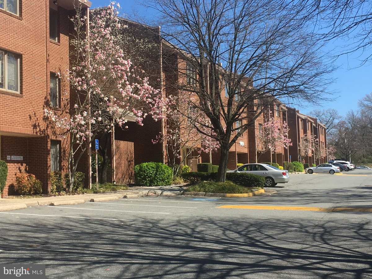 $399,000 - Br/Ba -  for Sale in Falls Church