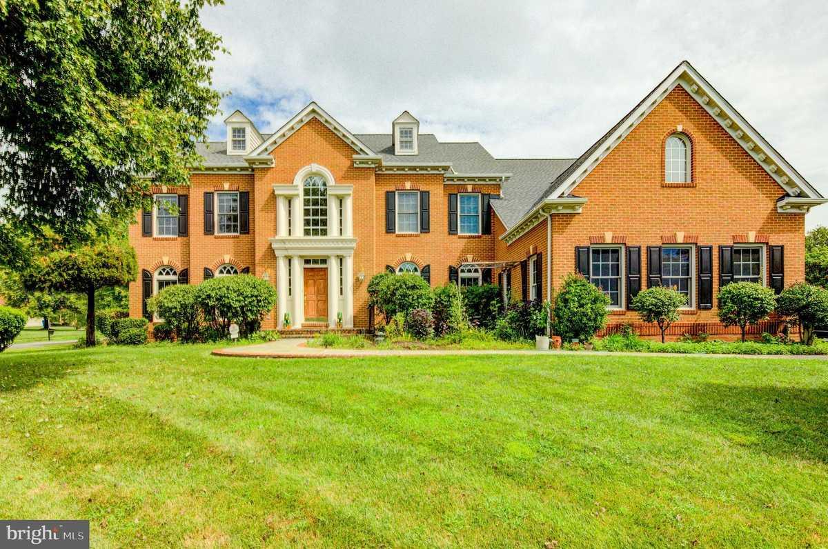 $1,799,000 - 5Br/6Ba -  for Sale in Great Falls Glen, Great Falls