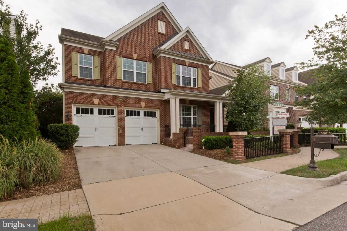 $950,000 - 5Br/5Ba -  for Sale in Courtyards At Falls Gate, Falls Church