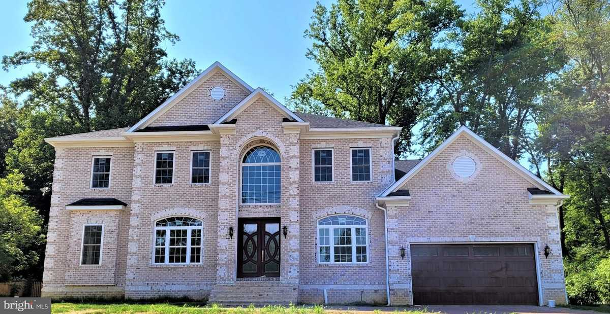 $2,250,000 - 7Br/9Ba -  for Sale in Sleepy Hollow, Falls Church