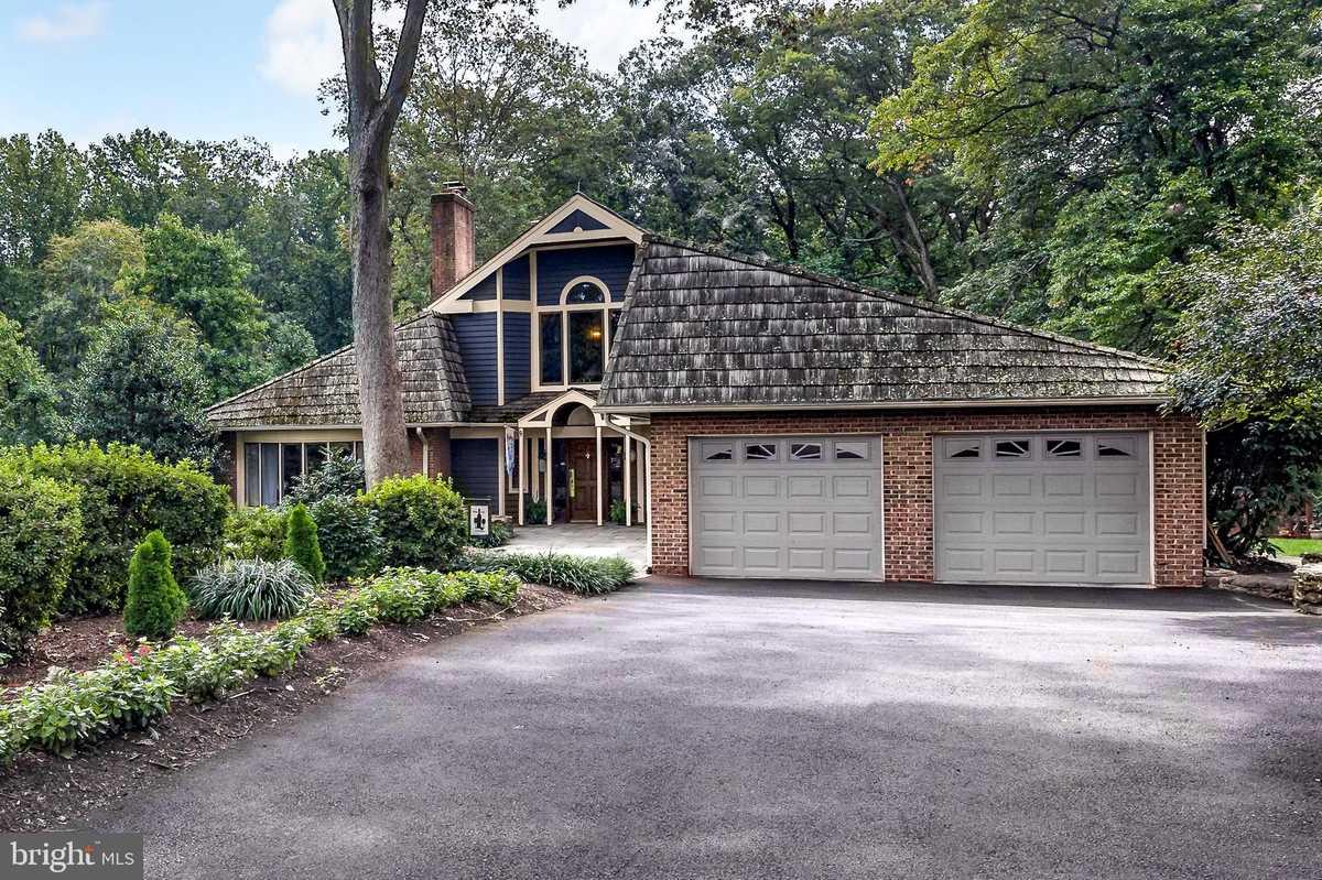 $1,650,000 - 4Br/6Ba -  for Sale in Miller Heights, Oakton