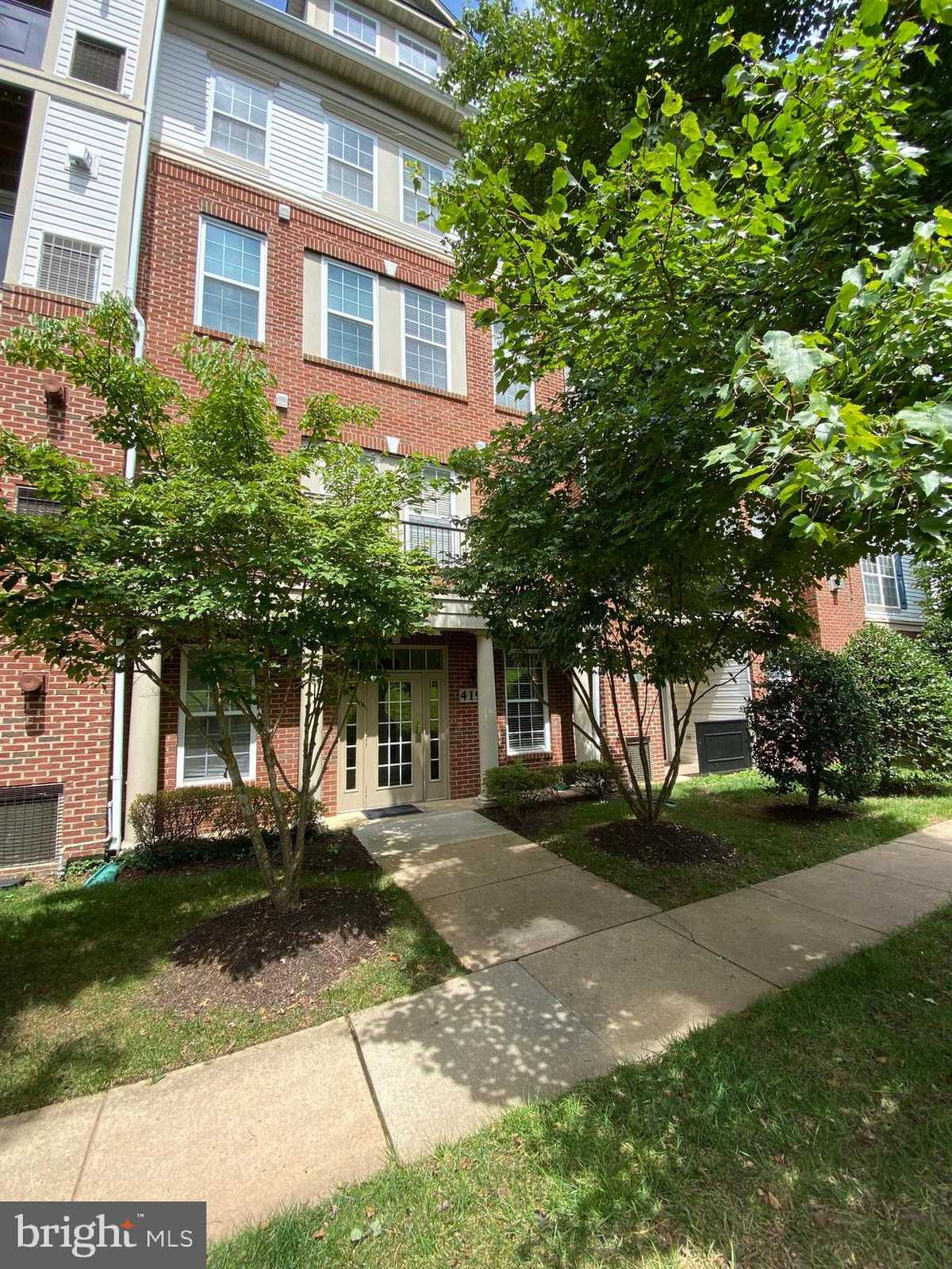 $350,000 - 3Br/2Ba -  for Sale in Courts At Wescott Ridge, Fairfax