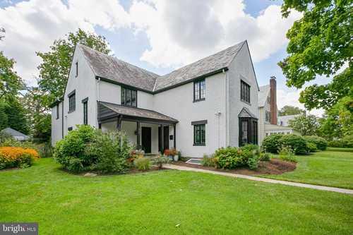 $625,000 - 4Br/3Ba -  for Sale in Homeland, Baltimore