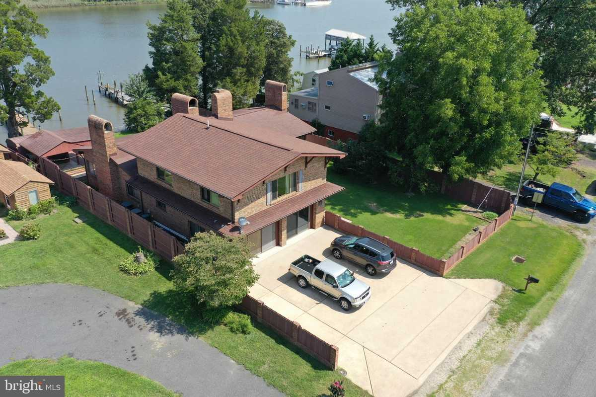 $550,000 - 3Br/2Ba -  for Sale in Potomac Shores, Colonial Beach