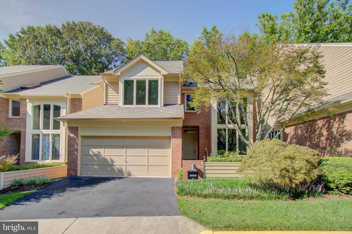 $855,000 - 5Br/4Ba -  for Sale in Hemingway, Reston