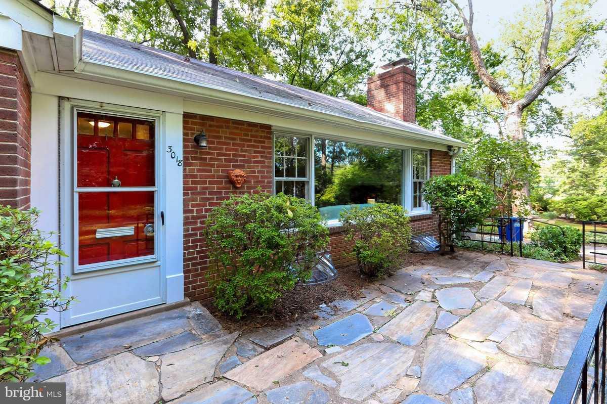$795,000 - 3Br/2Ba -  for Sale in Sleepy Hollow, Falls Church