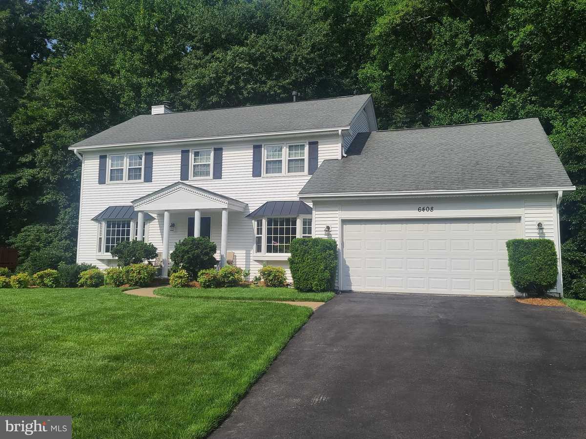 $839,900 - 5Br/4Ba -  for Sale in Four Oaks Estates, Burke